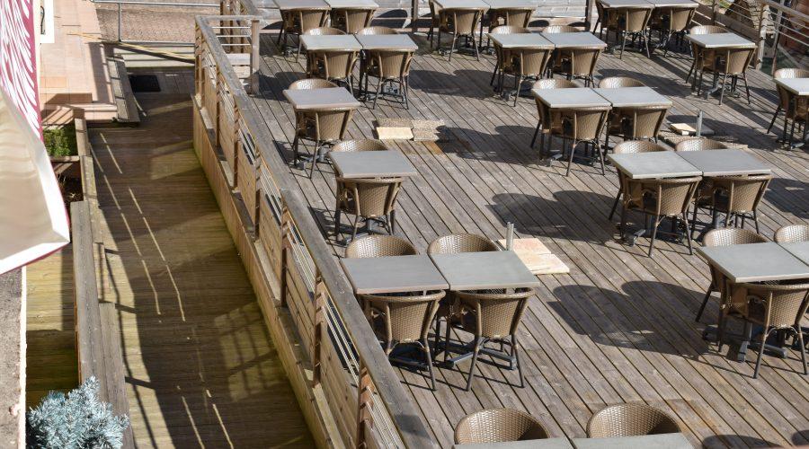terrasse du restaurant le Bourru Gourmand à Gérardmer